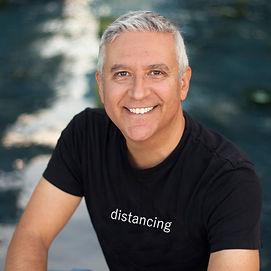 Distancing T-shirt