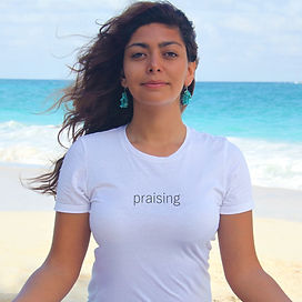 Praising T-shirt