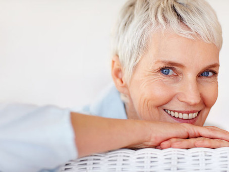 Retrouver une frange saine et la vitalité des cils