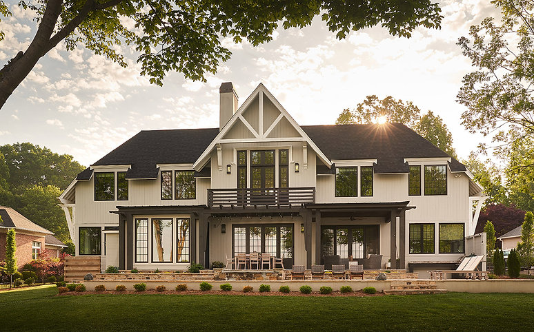 Home-of-the-Year-2019-lakeside-living-he