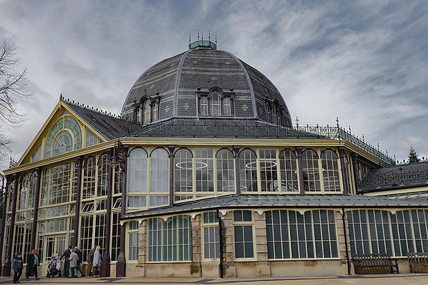 buxton-octagon-hall-at-the-pavilion-gard