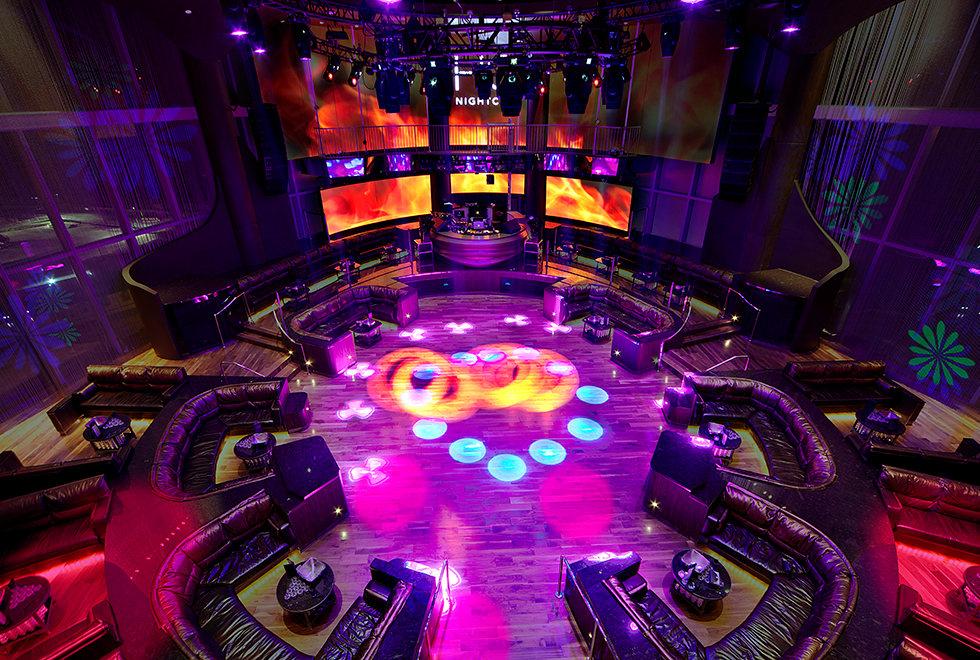 hq-nightclub-dance-floor-booth.jpg
