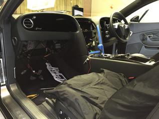 Bentley GT Speed dash stripdown