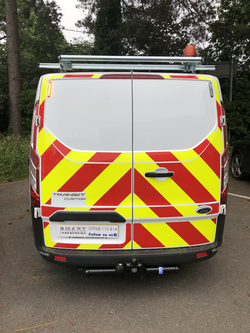 Commercial vehicle lighting, towbar and chapter 8 signage