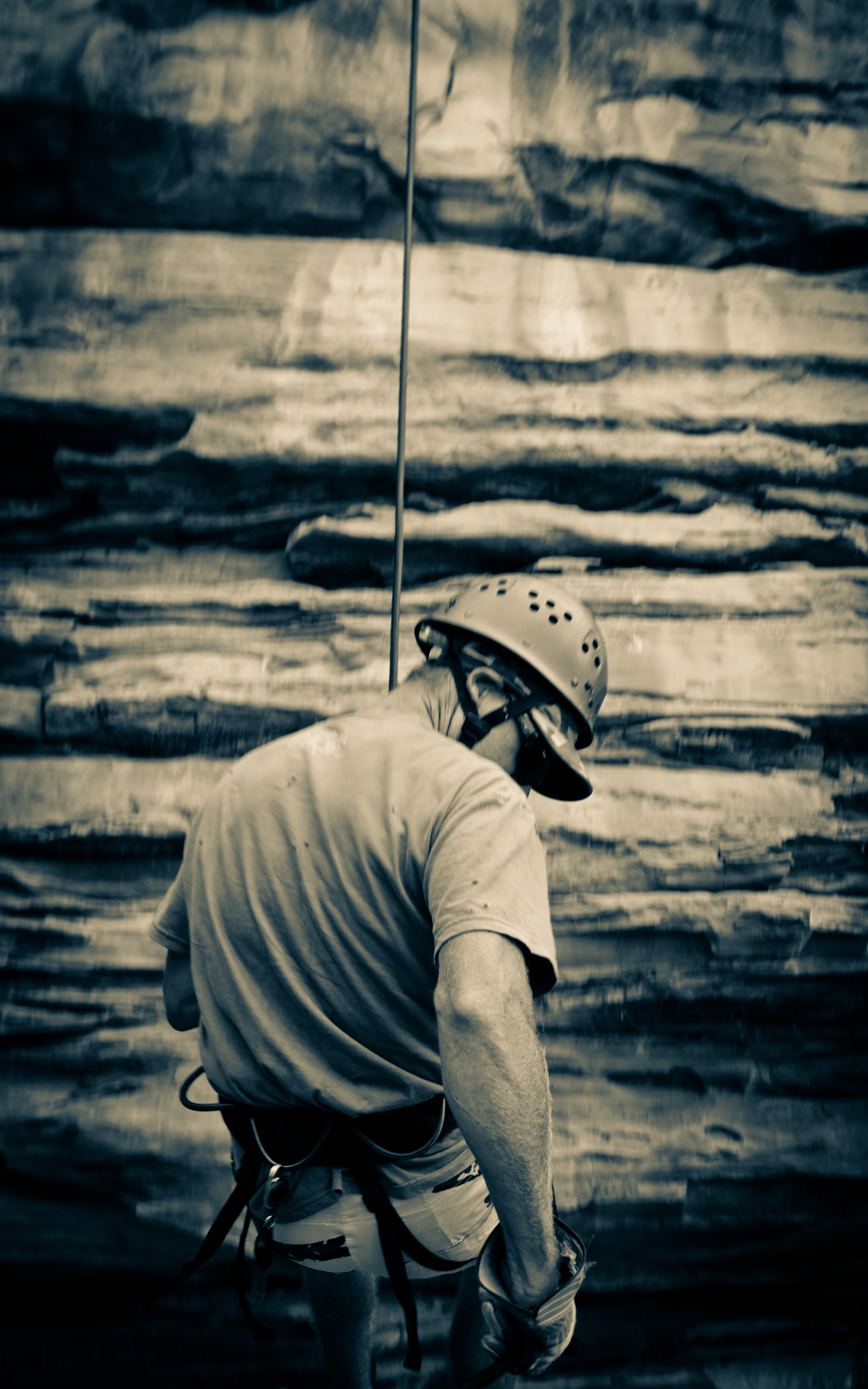 Abseiling 400 million yr old cliffs!