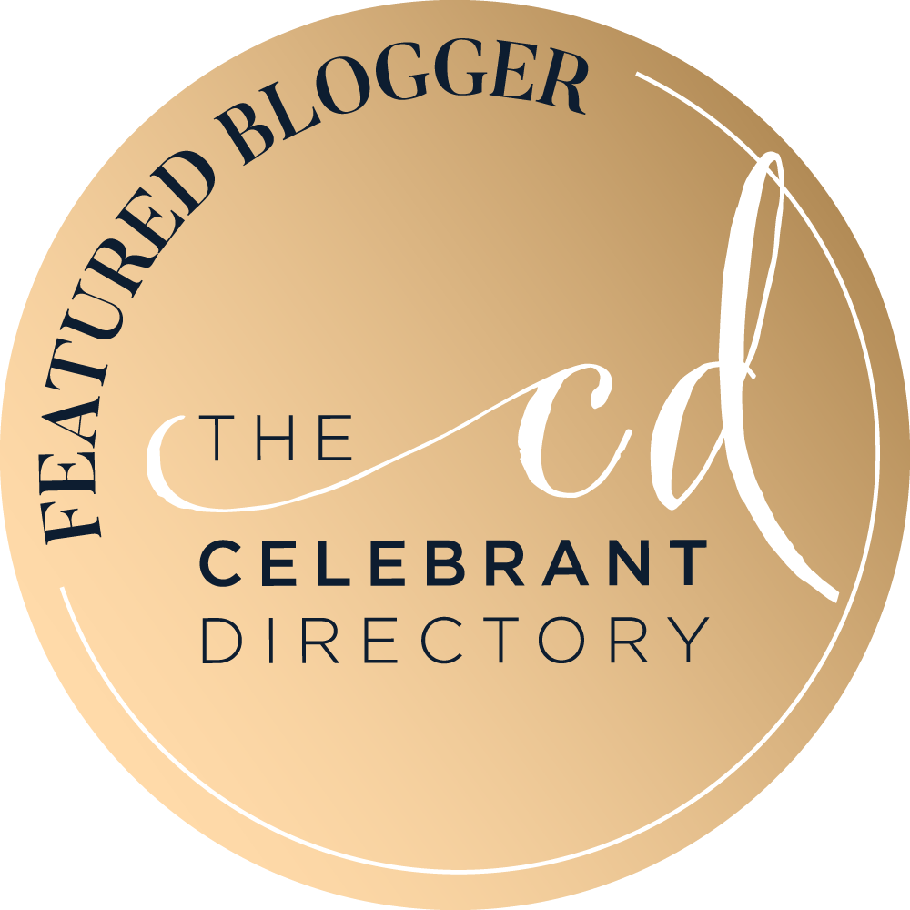 TCD-circle-badges-gold-blogger