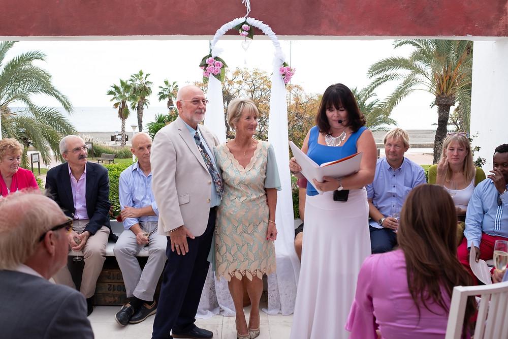 Wedding Celebrant Torre del Mar, Celebrant Torre del Mar