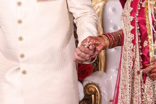 Hindi Couple.jpg