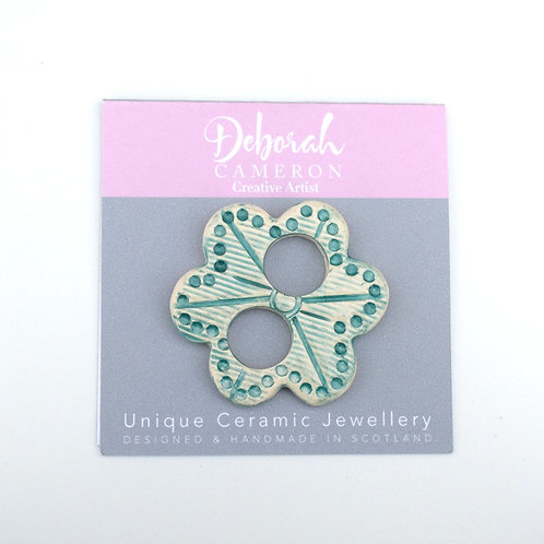 Rustic Flower Scarf Ring Green