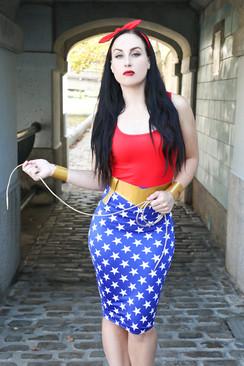 Wonder Woman Pin Up