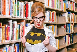 Batgirl Pin Up
