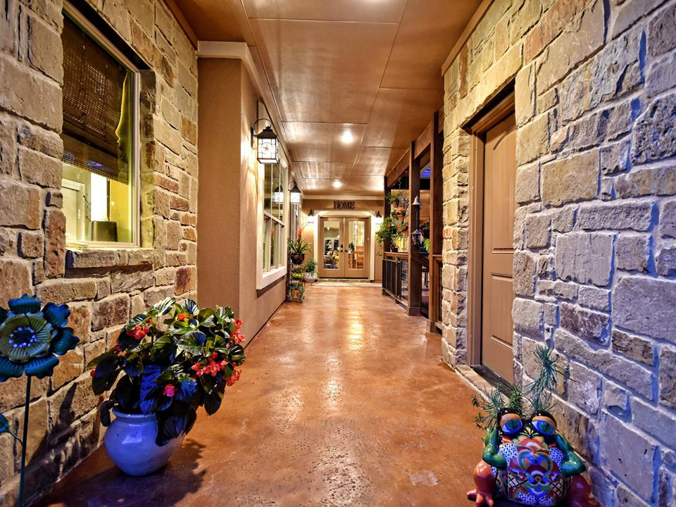 wimberley outdoor patio 805
