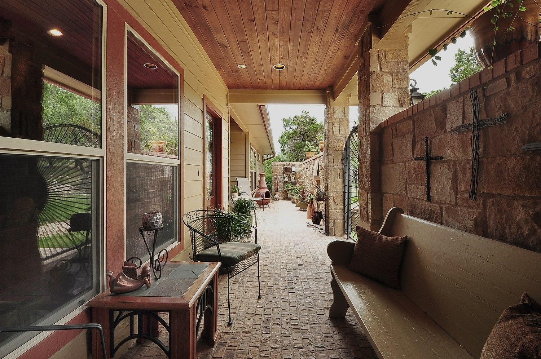 2001 wimberley patio breezeway