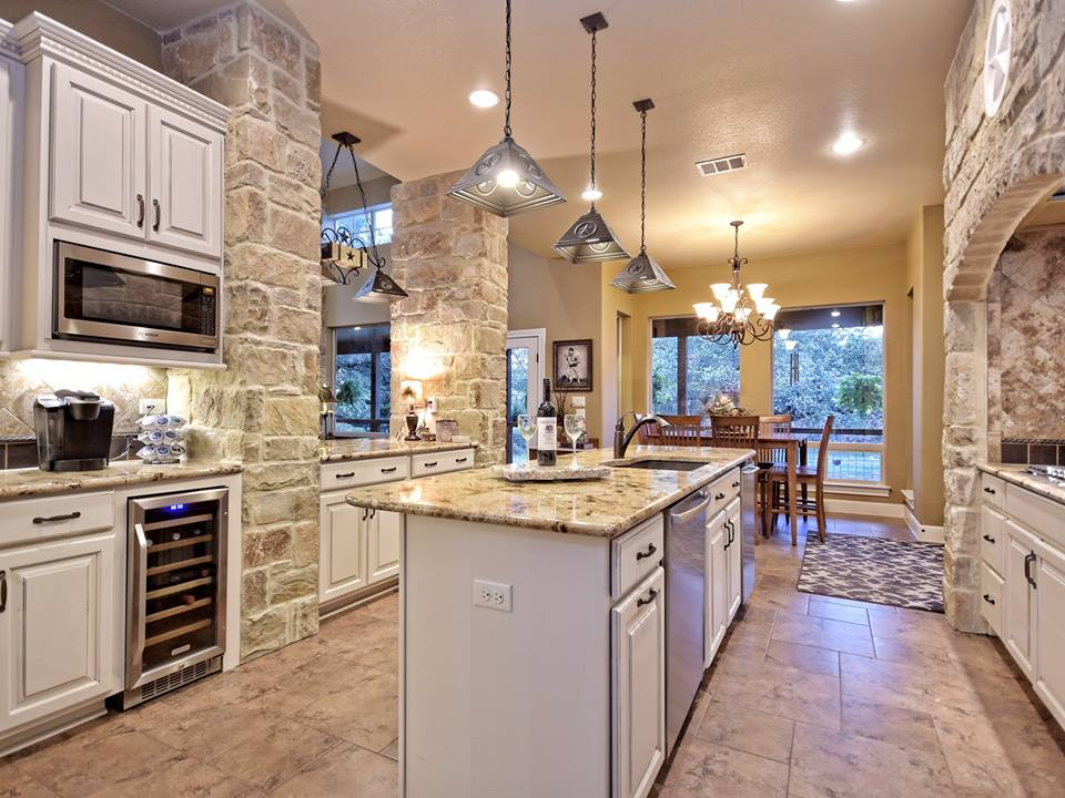 wimberley, TX home builder kitchens -- 805