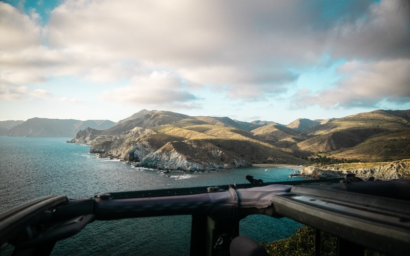 The view from the Little Harbor overlook on Catalina Island
