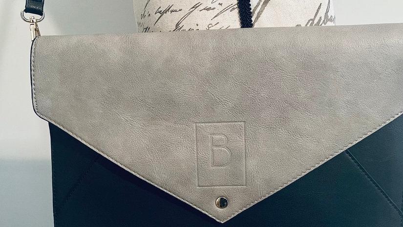 Beautiful you Envelope clutch