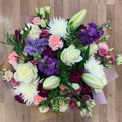 Supersized Florists Choice Hand tied Gift Bouquet