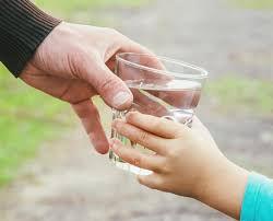 Kids drinking water.jpeg