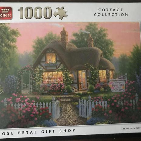Jigsaw - Gift Shop 1000 Piece
