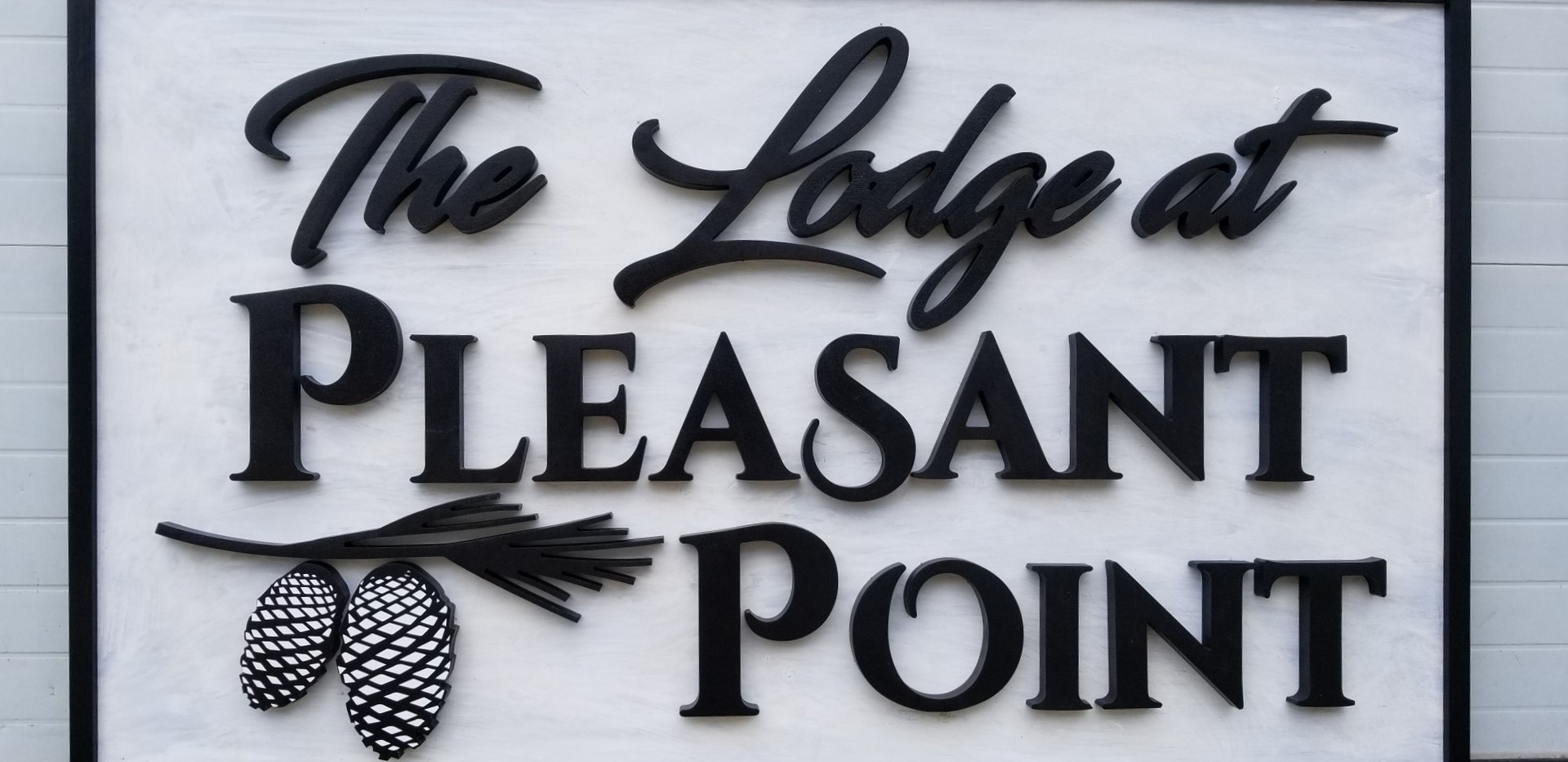 Lodge at pleasant point main sign photot