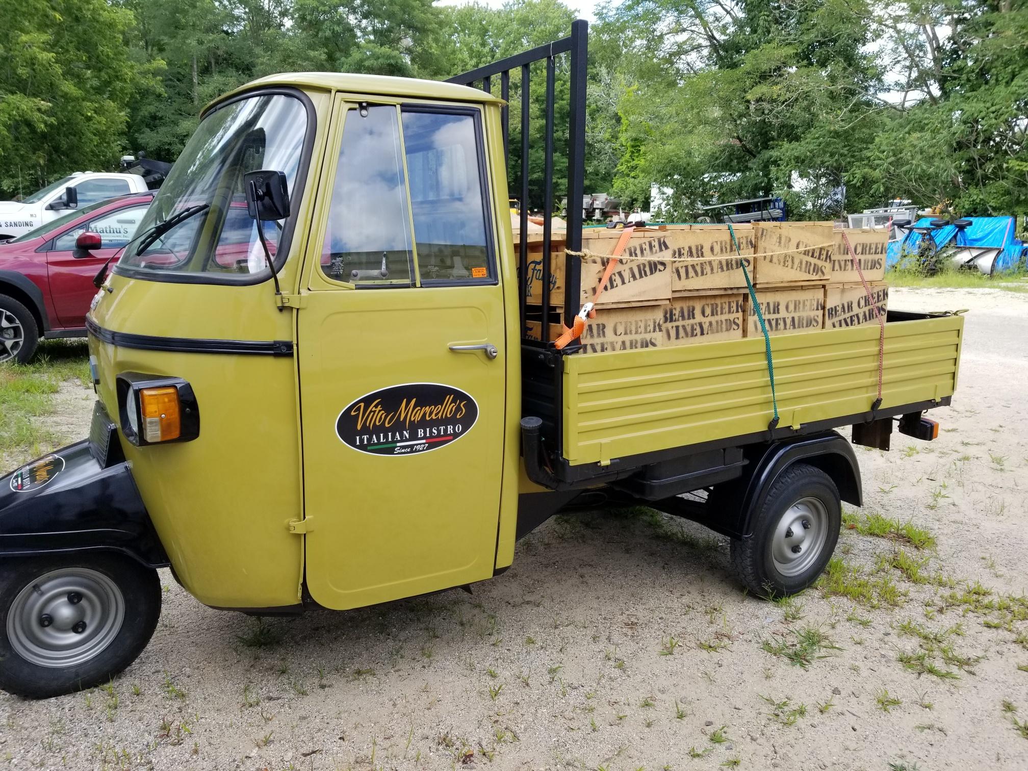 Vito truck 1 photo
