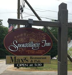 snowvillage Inn 2016_edited