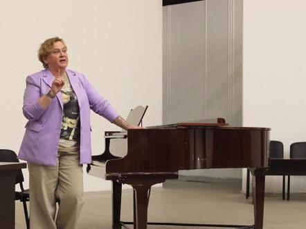 Повышение квалификации для педагогов эстрадного вокала
