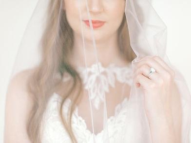 corinne-bridal-session-lumen-room-dallas-256.jpg