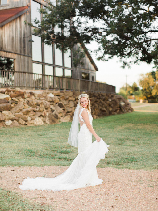 MRS MADELINE BONO | THE VENUE AT WATERSTONE BRIDAL SESSION