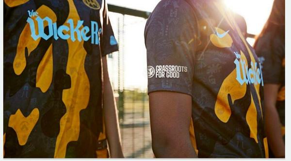 Get the GFG logo on your kit sleeve!