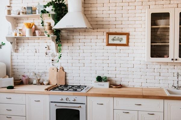 A small but pretty kitchen