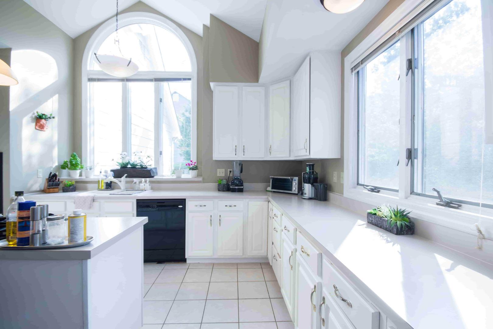 apartment-architecture-artistic-1838065-