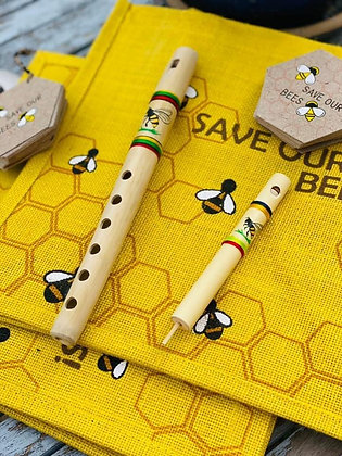 Bamboo flute, bee design