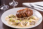 Bife de Chorizo Medialuna y Hongos - 1.j