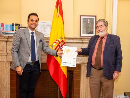 مدير معهد ثربانتس الاسباني يستقبل رئيس مهرجان شرم الشيخ الدولي للمسرح الشبابي