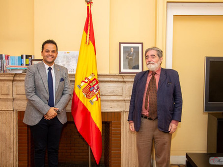 Director of Cervantes Institute Meets El-Gharabawy for Artistic Cooperation