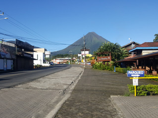 Welcome to La Fortuna & Arenal Container Hostel!