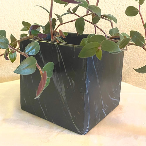 Black Marble Pot