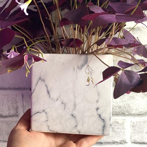 White Marble Pot