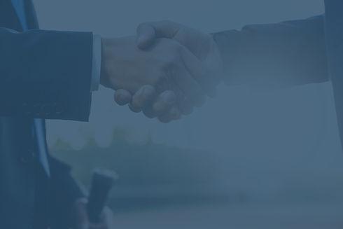 business-handshake-DRKESZE_edited.jpg