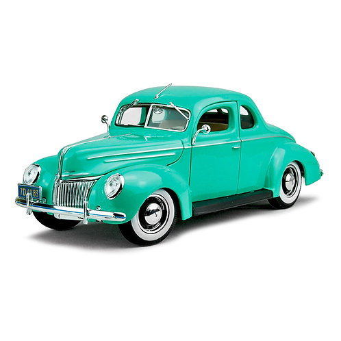 1939 Ford Deluxe (verde)