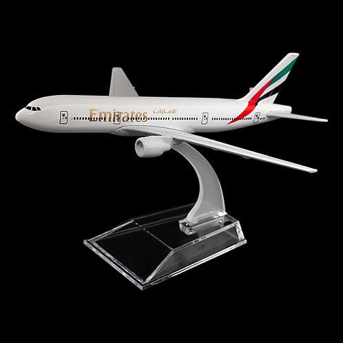 EMIRATES - Boeing 777