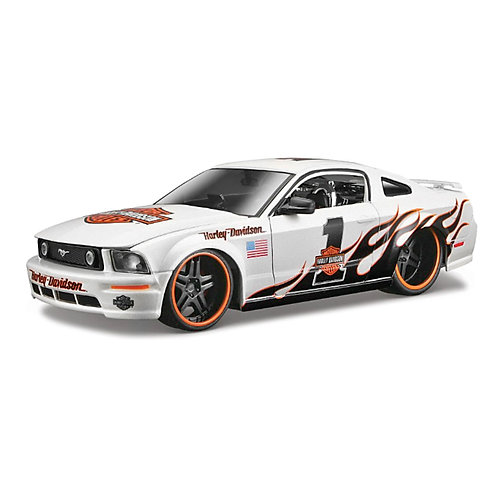 HARLEY-DAVIDSON - 2006 Ford Mustang GT (flames)