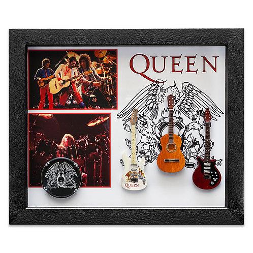 Queen (25 x 30cm)