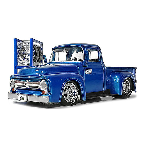 1956 Ford F-100 Pickup w/ Extra Wheels (azul)