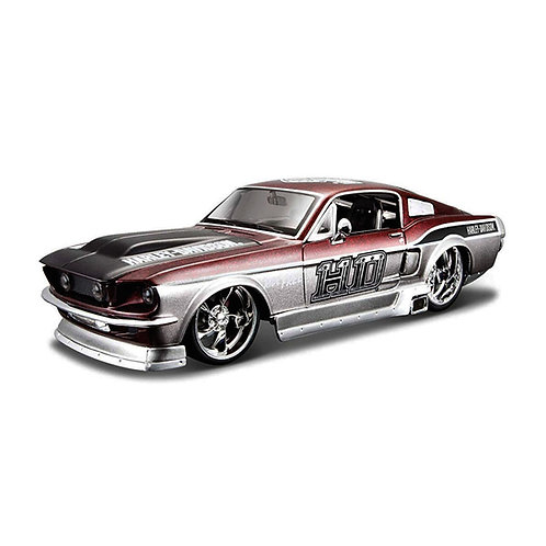 HARLEY-DAVIDSON - 1967 Ford Mustang GT