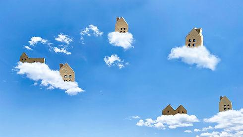 雲の上の家家.jpg