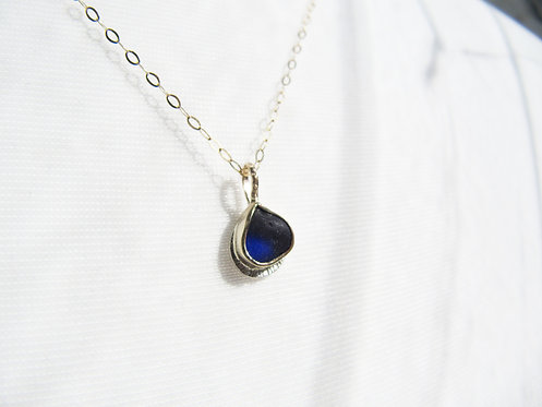 Dainty Gold & Silver Deep Blue Necklace