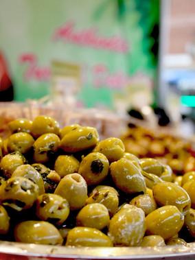 olives-4703935_1920.jpg