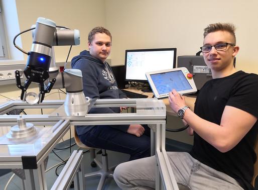 Cobot Ausbildung zur Vertiefung von Informatik- und Robotiklerninhalten